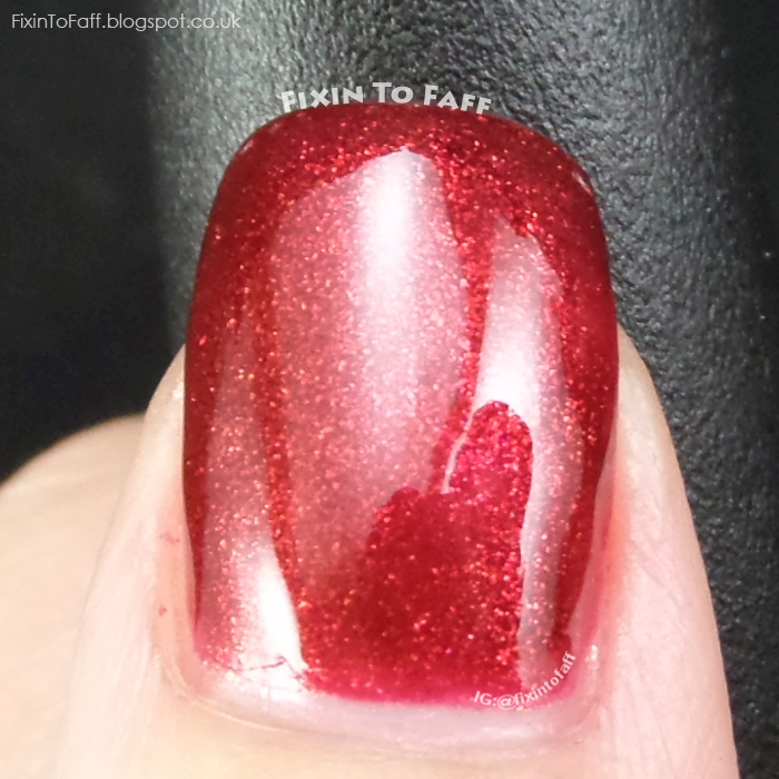 Swatch and review of OPI Red Fingers & Mistletoes.