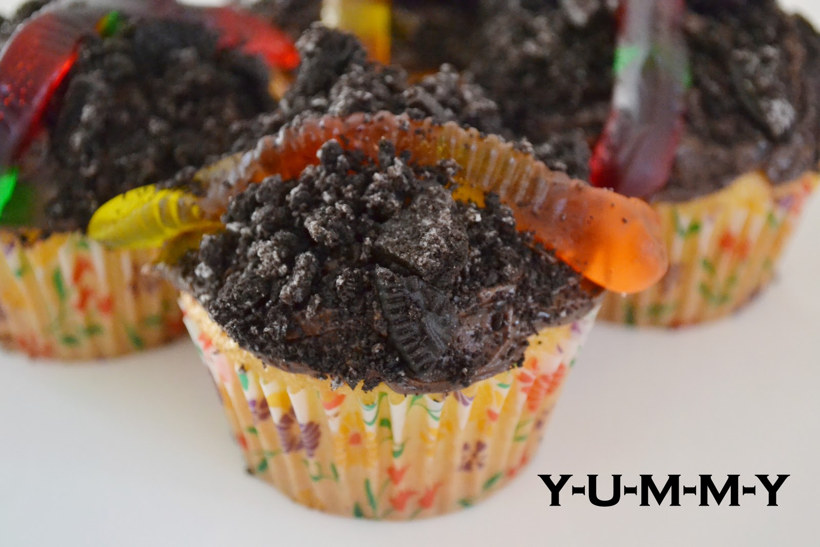 Dirt And Worms Cupcakes Recipe — Dishmaps
