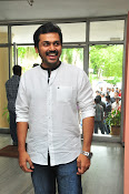 Karthi at Oopiri Pressmeet-thumbnail-12