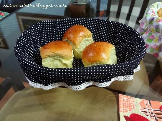 cesta de pão tecido