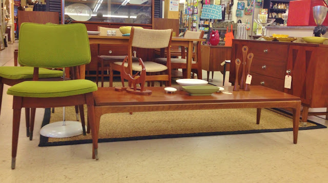 vintage mid century furniture and accessories
