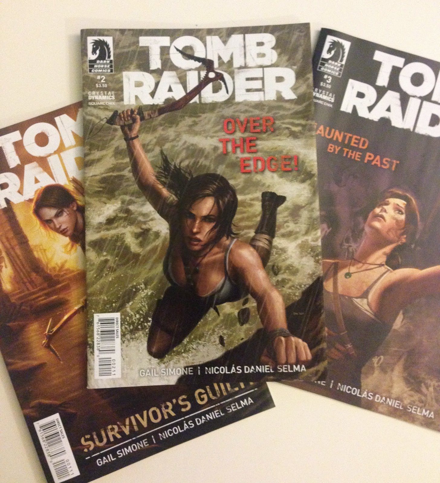 lara croft tomb raider comic book