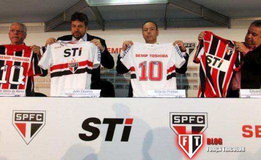 65a9ea2135 Força Tricolor  Semp Toshiba  patrocinador master do São Paulo FC