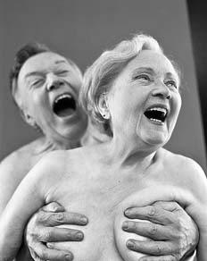 pareja mayores desnudos