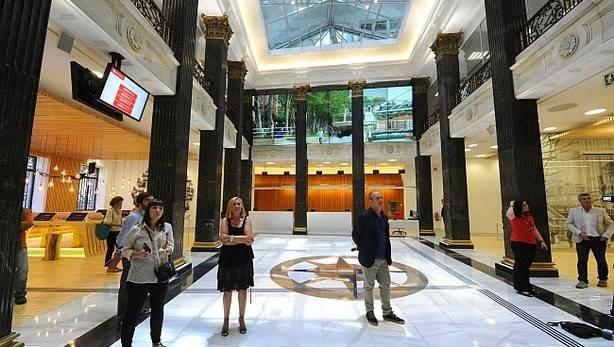Aitek todoturismo nace la nueva oficina de turismo de bilbao for Oficinas turismo bilbao