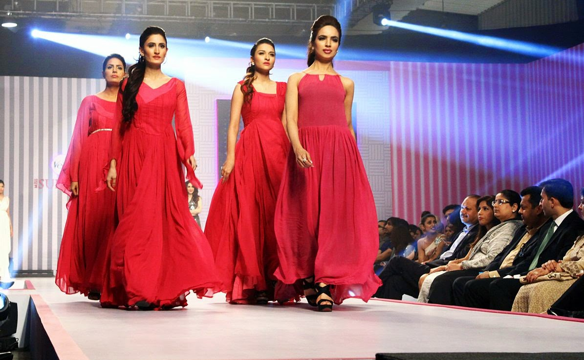 Beenish Khan Crowned Veet Miss Supermodel 2014