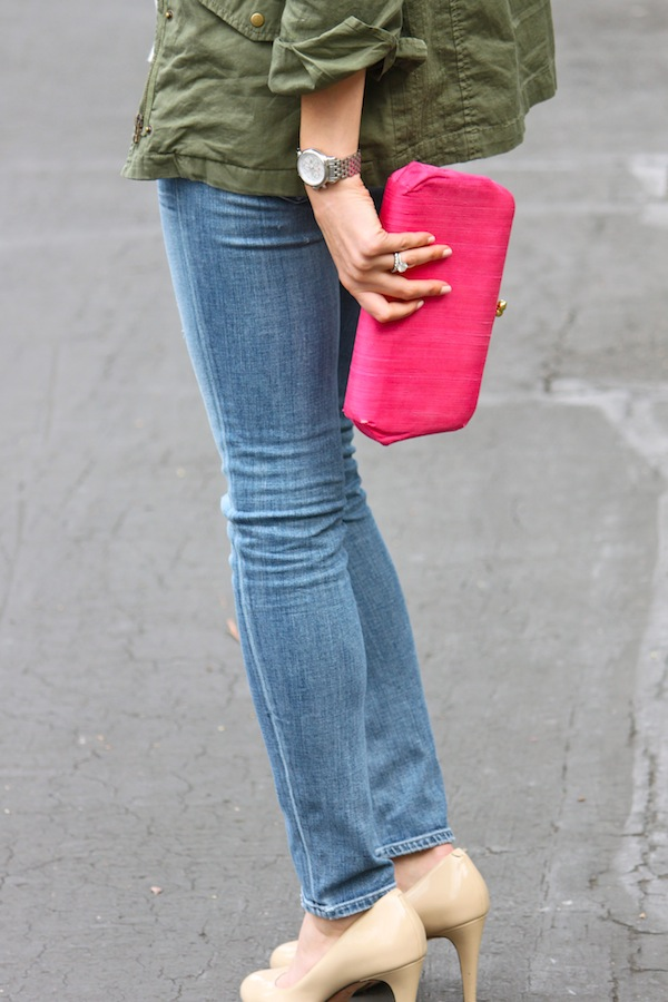 Fatigue jacket, pink clutch & nude pumps