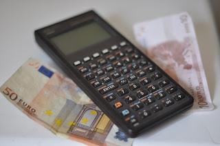 Calcul de prêt immobilier avec billets de banque