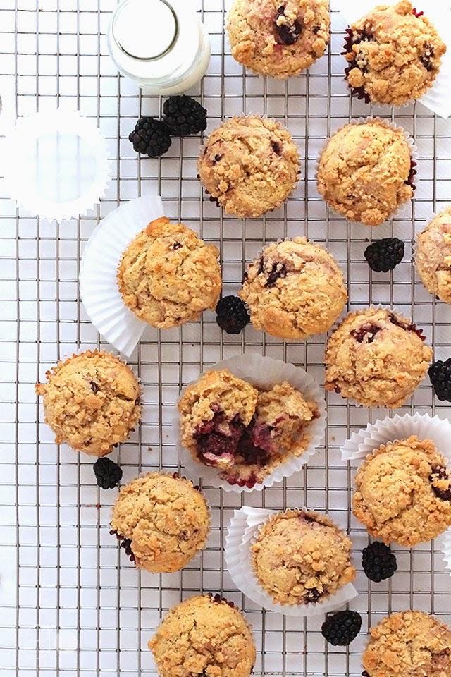 ambrosia: Blackberry Crumb Muffins