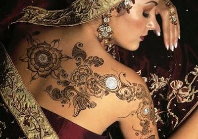 Latest Glitter Tattoos - Henna Mehndi Body Designs Collection