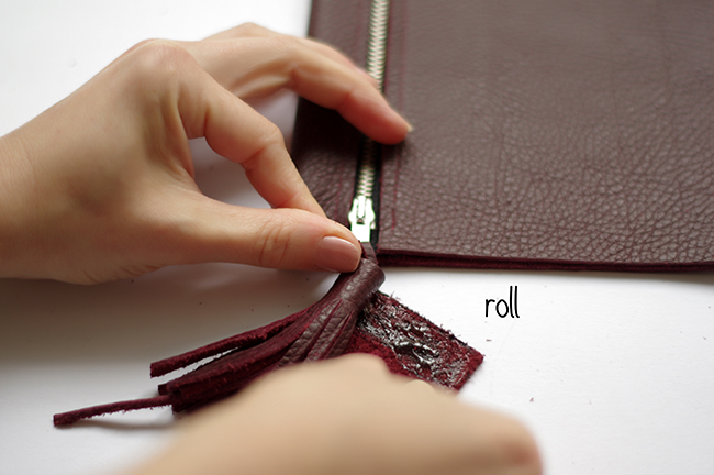 How to make a leather clutch with tassel and embellishment. A DIY step by step tutorial designed by Xenia Kuhn for lifestyle and fashion blog fashionrolla.cm