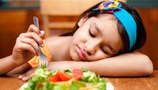 masa anak anak ialah masa yang sangat baik untuk memaksimalkan pertumbuhan dan perkemban Tips Mengatasi Anak Susah Makan