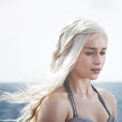 Emilia Clarke as Daenerys Targaryen in Game of Thrones  - emilia clarke game of thrones season wallpapers