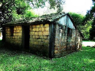 Antiga casa indígena, junto ao Museu Municipal de São Nicolau.