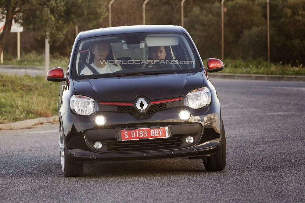 2015 renault twingo gt spied experiencing testing garage car. Black Bedroom Furniture Sets. Home Design Ideas
