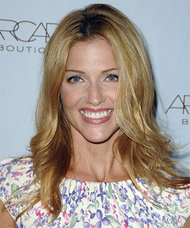 Tricia Helfer Hairstyle