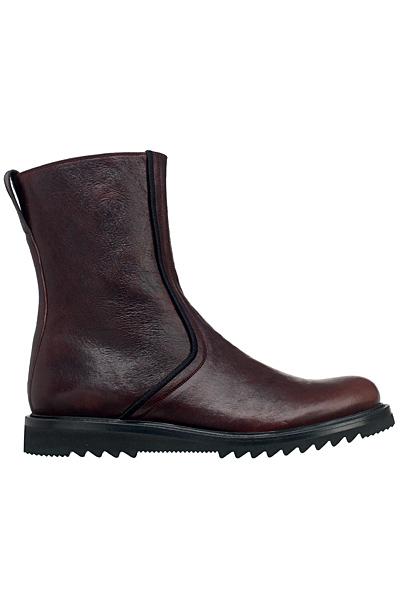 احذية رجالي 2012 dior_homme_fall_winter_2011_2012_mens_shoes_boots_sneakers_fashion_trends_www_izandrew_blogspot_com_izandrew006_dior_homme_shoes_2011_fall_winter_1305501477.jpg