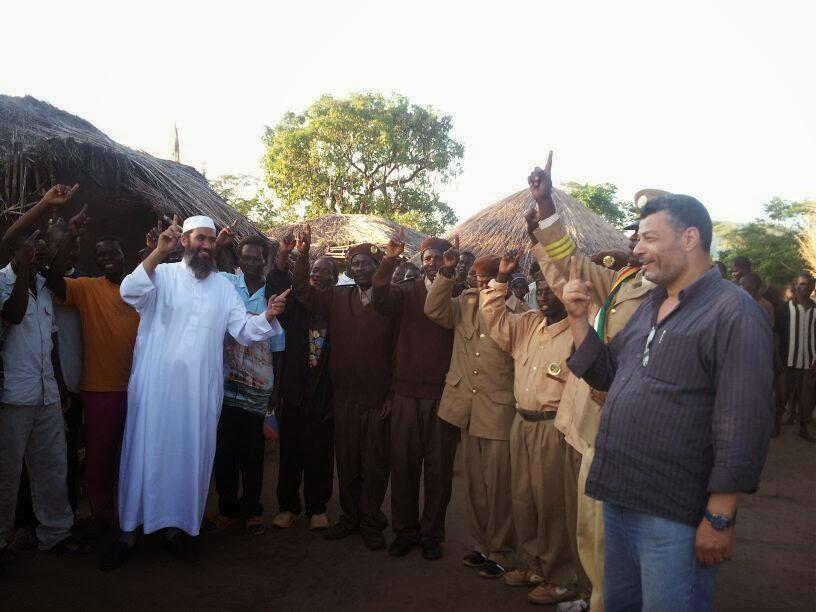 الشيخ وحيد بن عبد السلام بن بالي: نحن فى دولة موزنبيق قادة المنطقة يعلنون إسلامهم