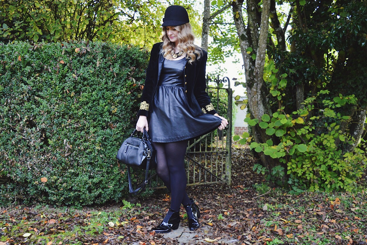 Vintage velvet jacket, FashionFake blog, fashion bloggers, UK style and fashion blog