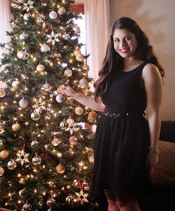 La Petite Fashionista: Holiday LBD