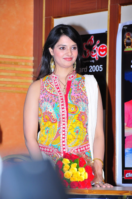 saloni @ santosham 9th anniversary cute stills