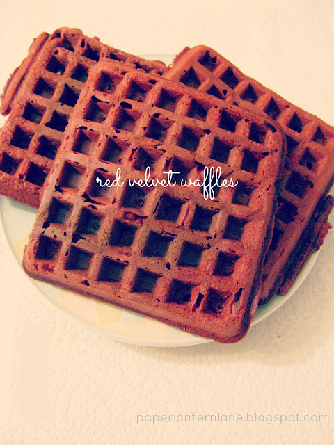 Foodie Experiments // Red Velvet Waffles