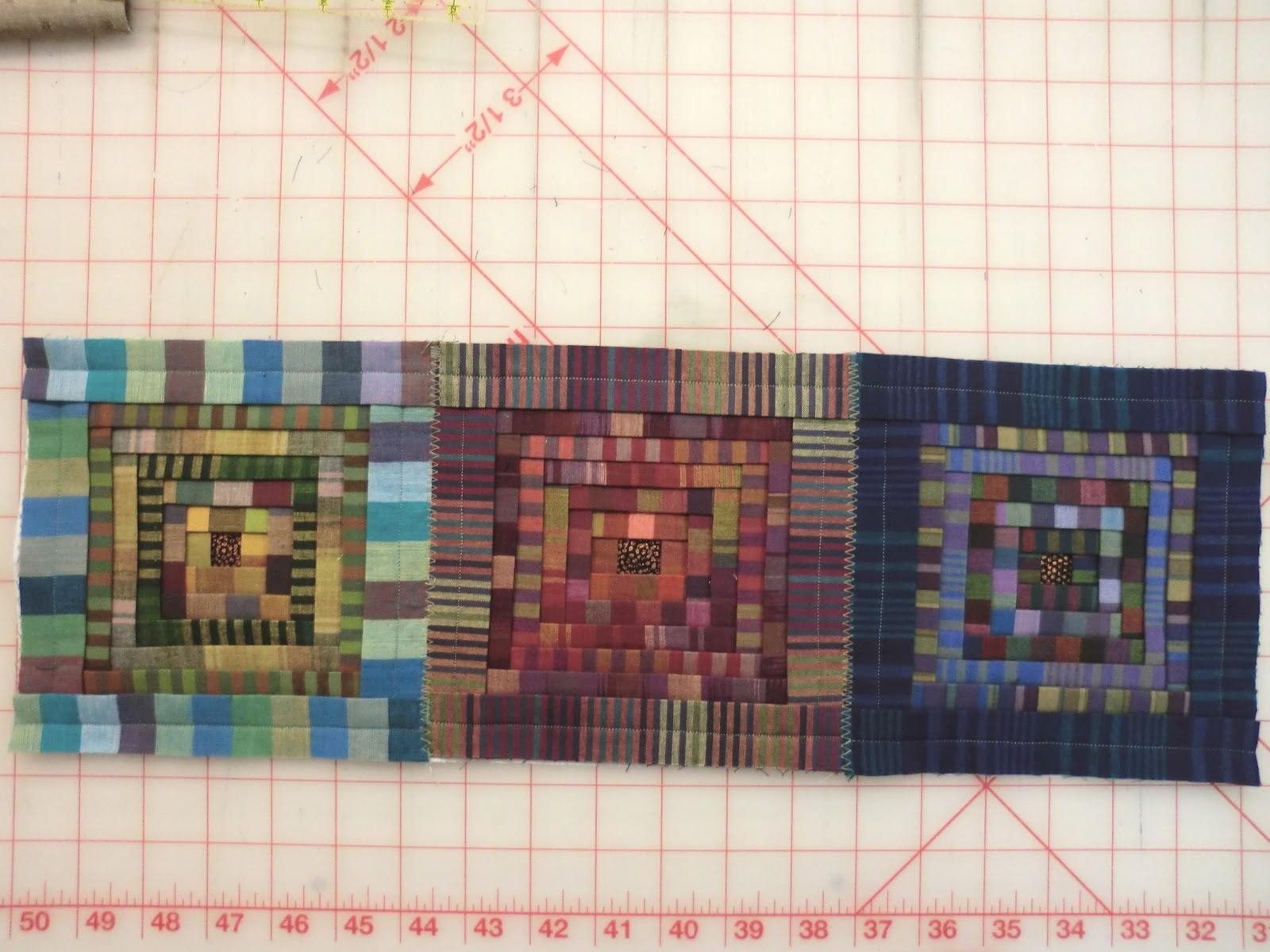 Quilt Whimsy Folded Log Cabin Instructions