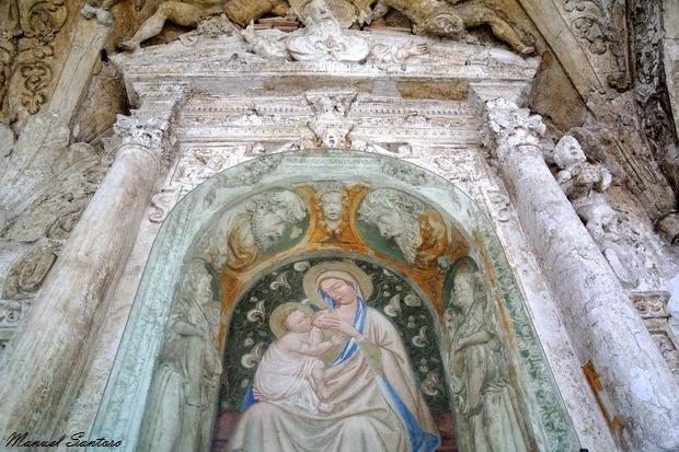Guardiagrele, collegiata di Santa Maria Maggiore. Tabernacolo con Madonna del latte
