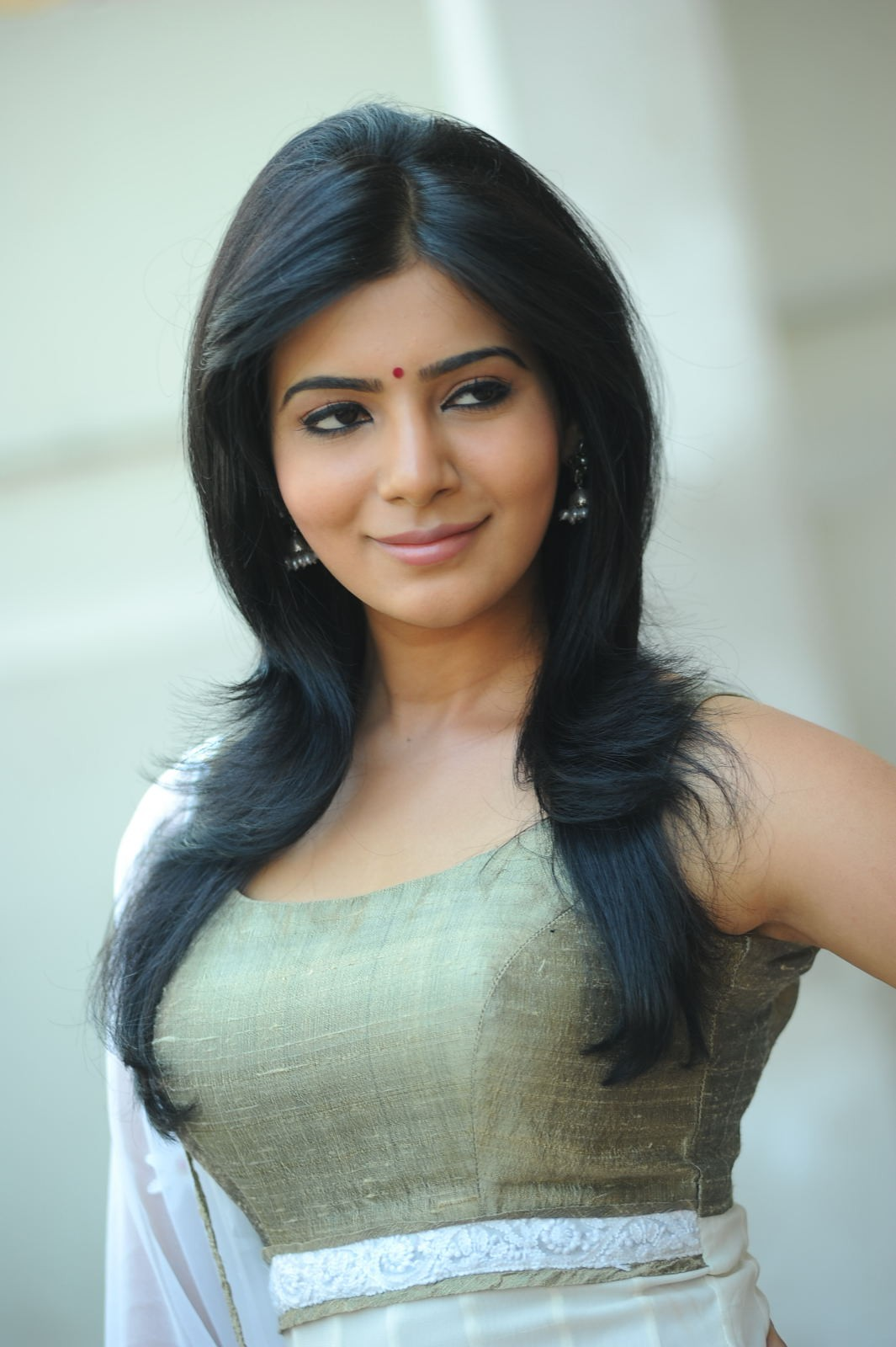 Actress samantha lewes newhairstylesformen2014 com