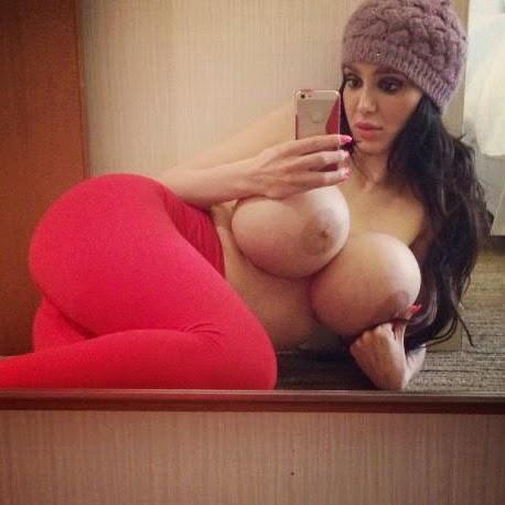 nude girls epic boobs