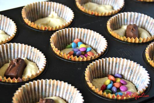 herzfutter food blog pamk kindheitserinnerung bunte muffins mit berraschungen. Black Bedroom Furniture Sets. Home Design Ideas