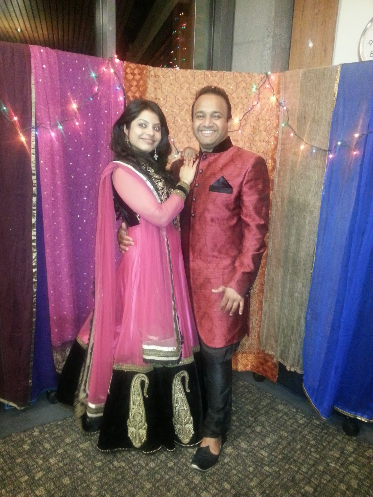 Indian Diwali in USA, Seattle Diwali celebrations, beautiful ladies dressed in traditional wear,married indian ladies,  happy married couples, indian family