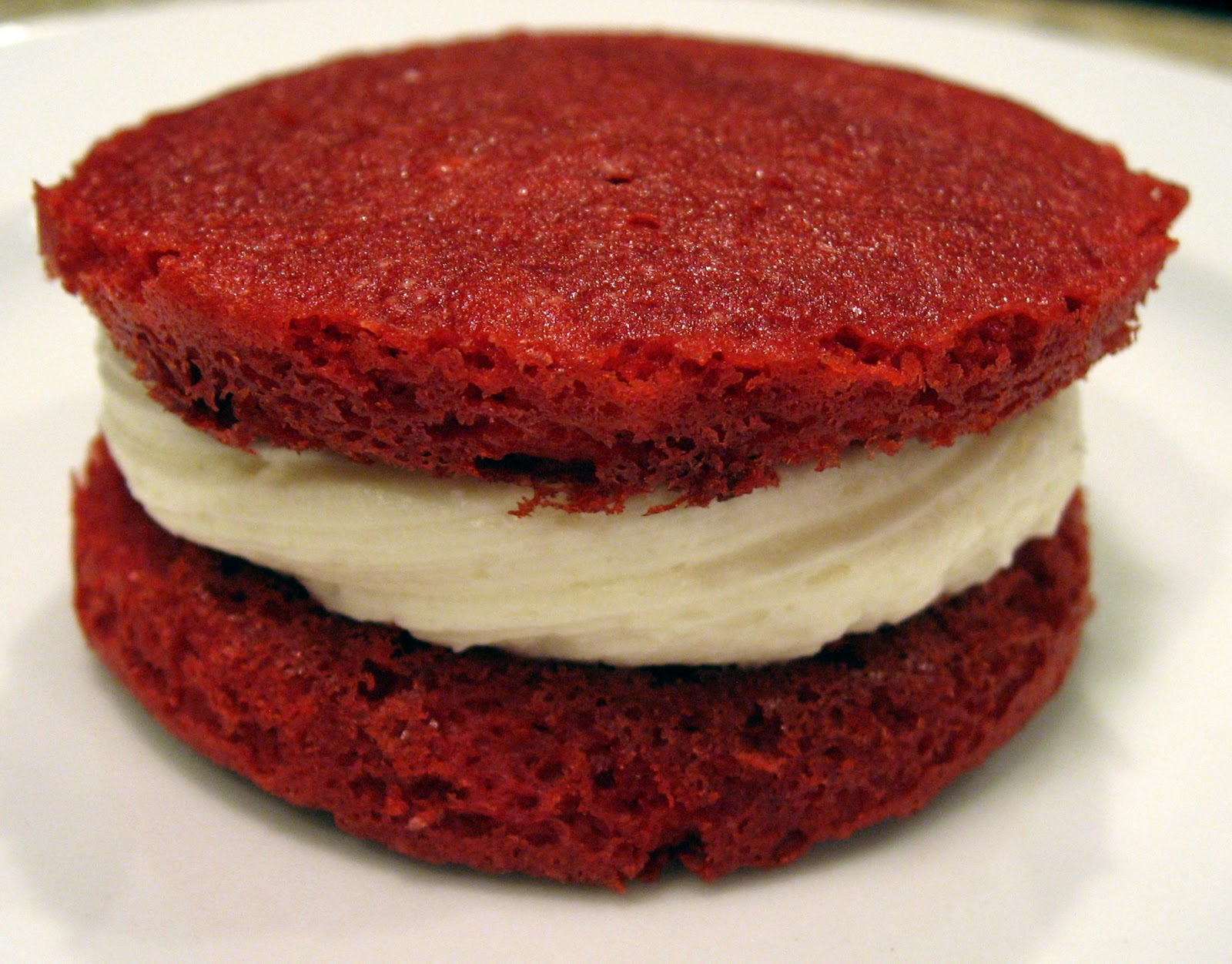 Dinner Delish: Red Velvet Whoopie Pies