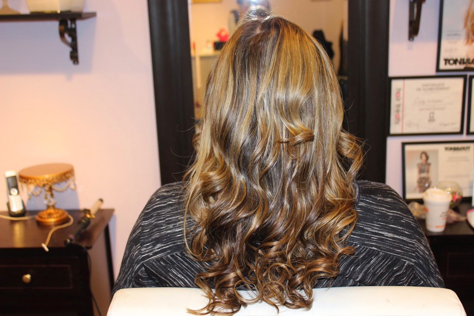 Hair extensions by jaclynn kate her stylist carly installed 80 pieces of extensions to blend out the clients solid base line she chose three different colors used her artistic eye of pmusecretfo Image collections