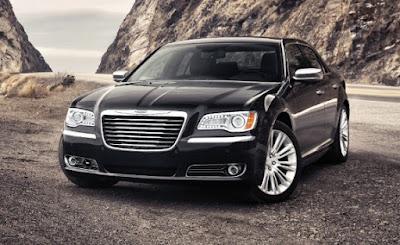 2011 Chrysler 300 in black color