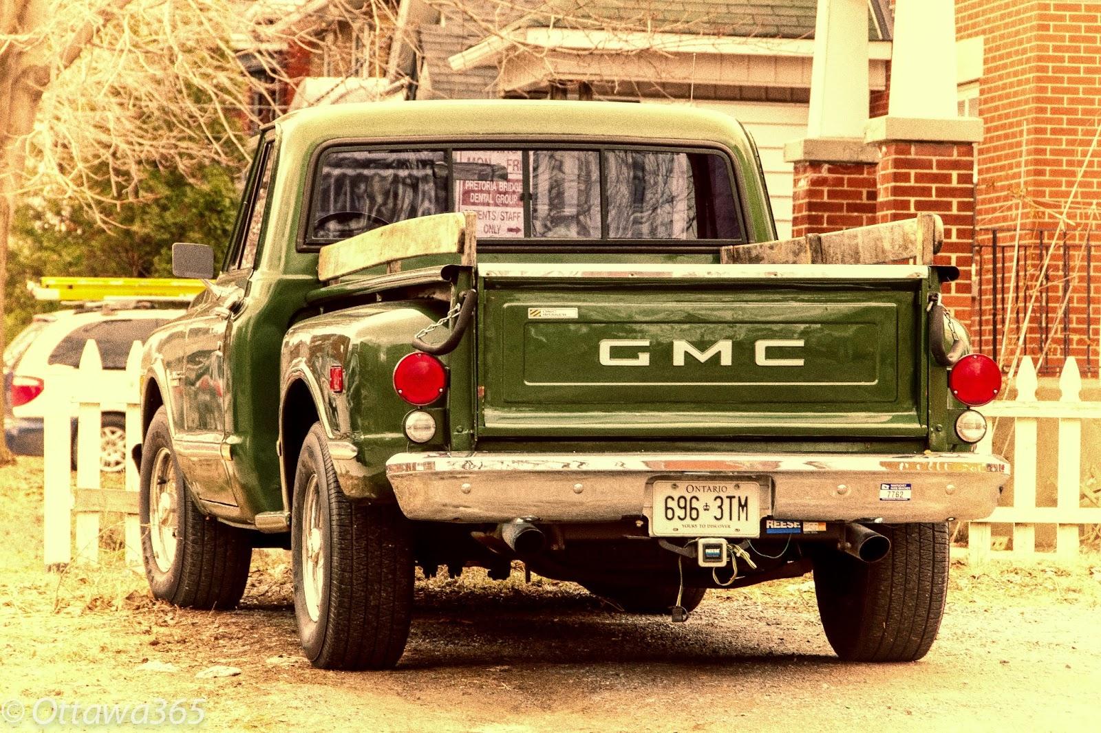 Ottawa Seen 365 Ways in 365 Days276 - Old School GMC Pick-up Truck ...