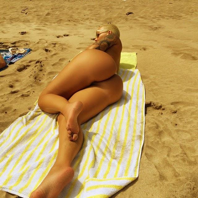 Amber Rose desnuda