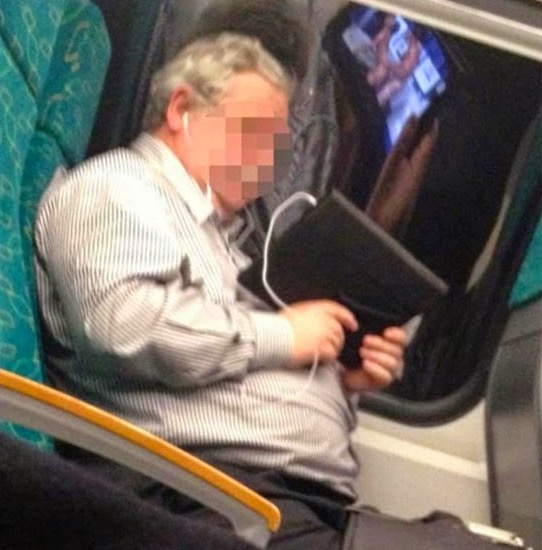Lelaki Kantoi Tonton Video Lucah Dalam Tren