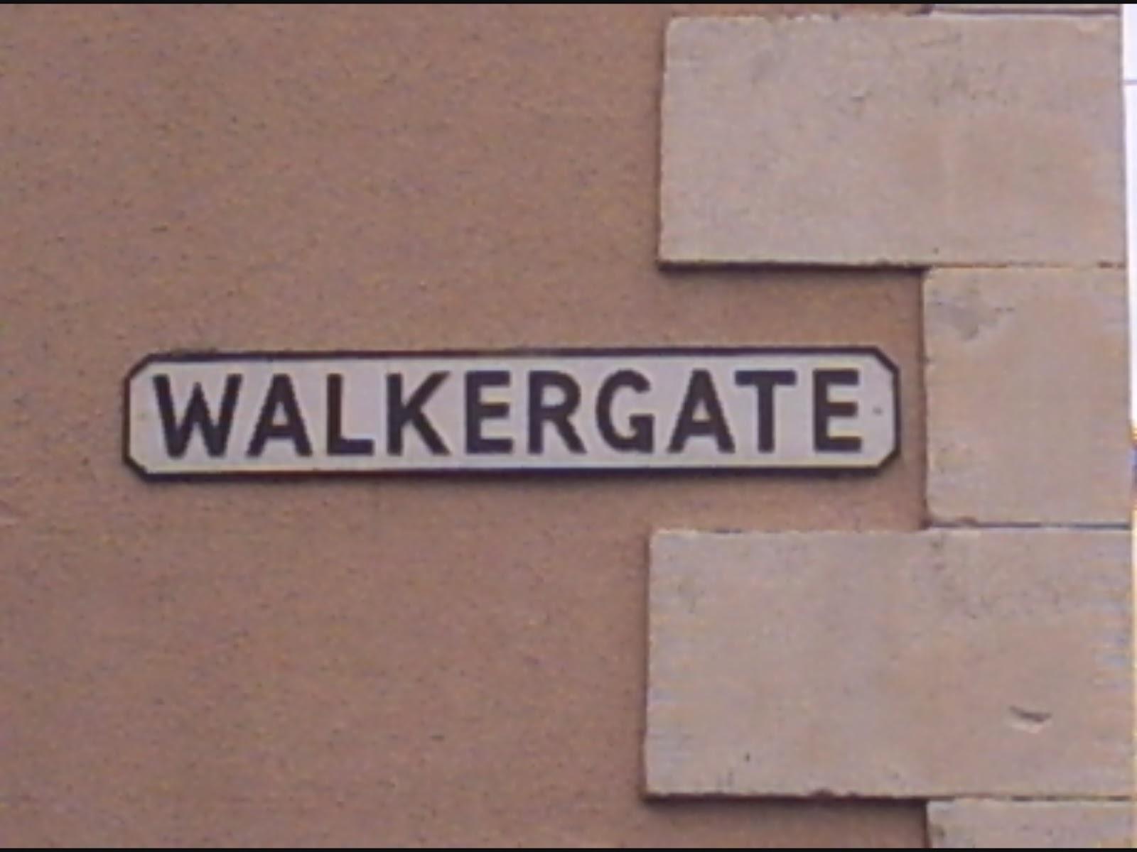 http://4.bp.blogspot.com/-jU3op1P5JdQ/UVfK3ky6LJI/AAAAAAAANnM/Itfv_bhm1QI/s1600/walkergate.jpg