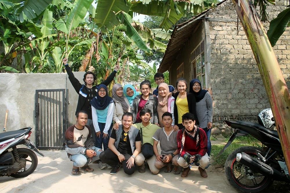 We'r Friendly--Ujung Genteng #Part1 | Taty Harlini