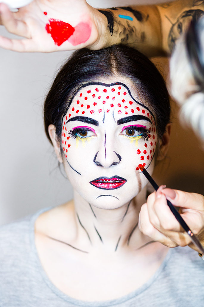 j petite halloween makeup tutorial roy lichtenstein pop art makeup with bryanna casey