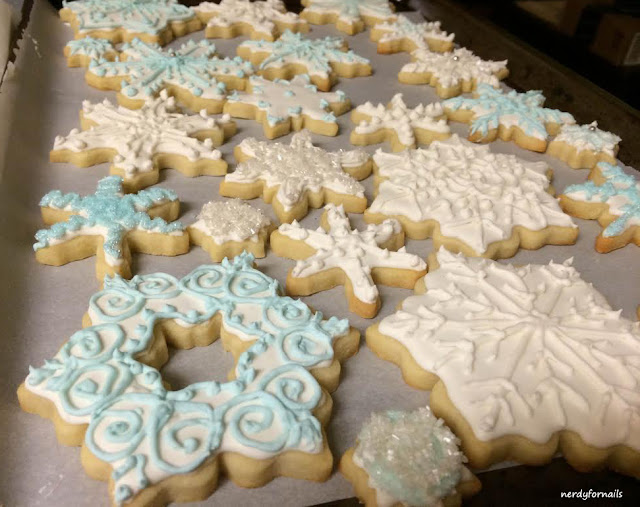 Snowflake cookies with royal icing