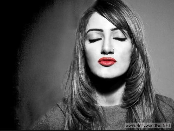 Mathira+hot+(5)