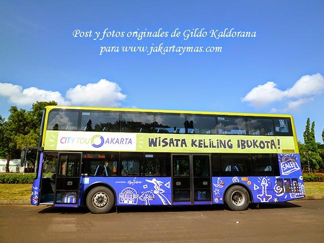 Bus turístico de Yakarta