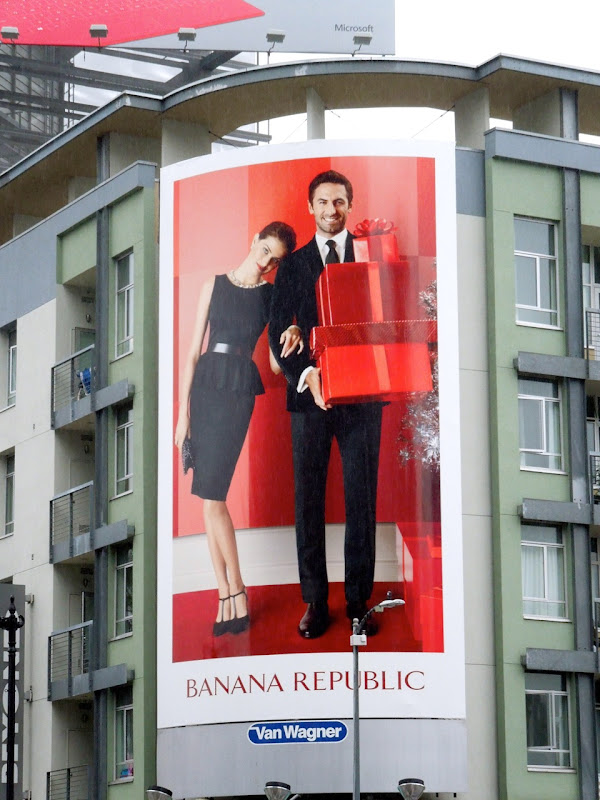 Banana Republic party wear Holidays12 billboard