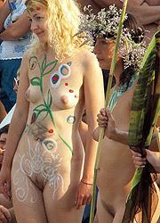 Mujer tatuada 12