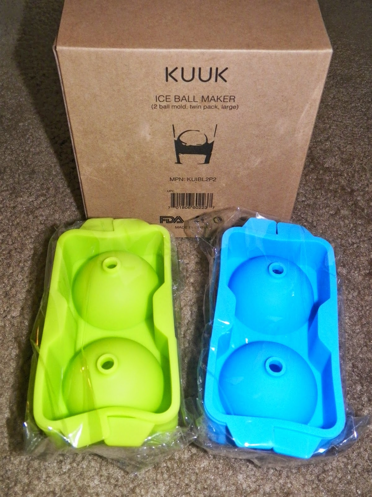Kuuk_Silicone_Large_Ice_Ball_Maker.jpg