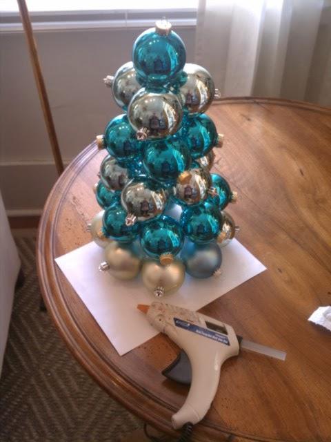 Christmas Tree Color Spray : Chet pourciau design upcycling old ornaments diy