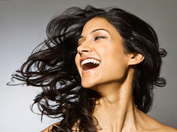 6 Cara Membuat Rambut Kasar menjadi Halus