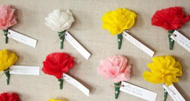 Цветы из креп-бумаги своими руками